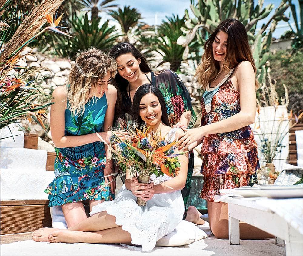 невеста с подружками накануне свадьбы в Италии