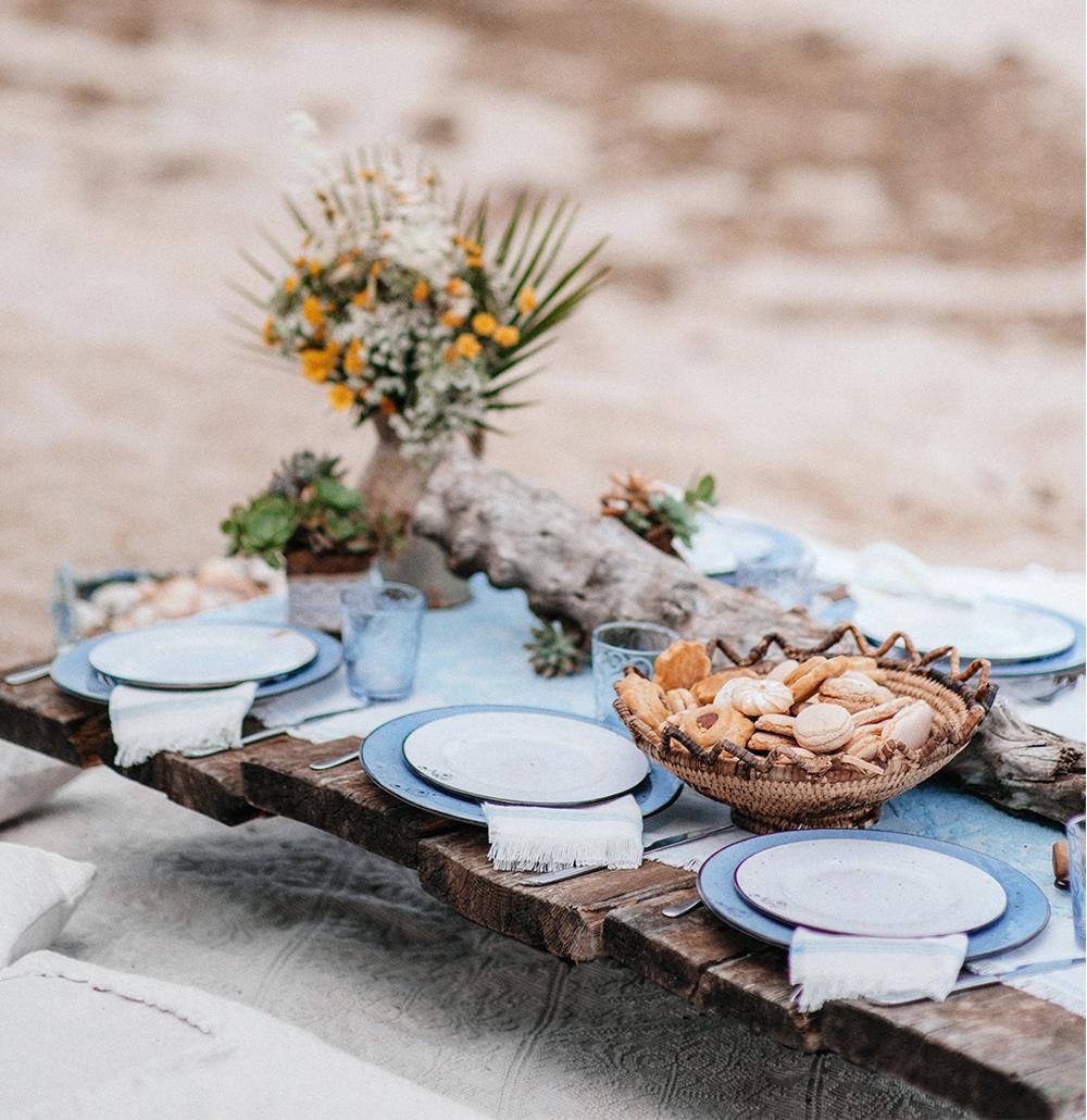 пикник на пляже в Италии