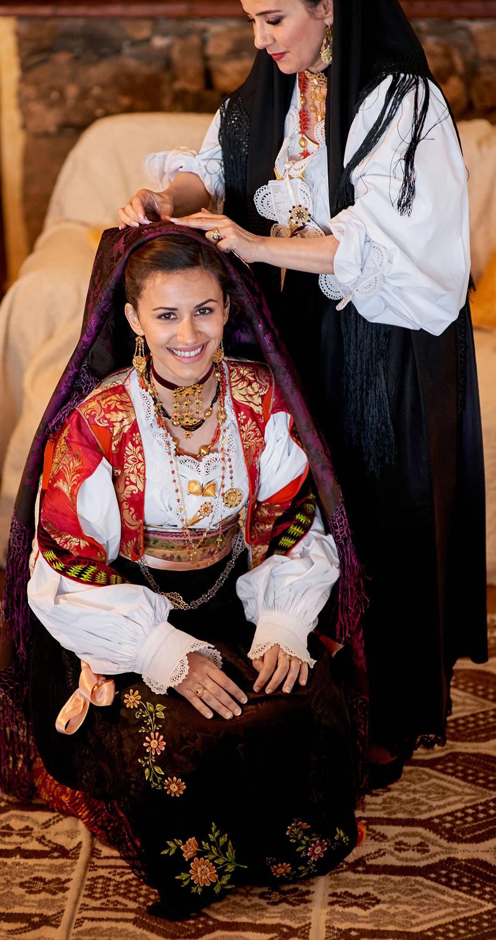 уникальные фотографии традиционного свадебного костюма в Италии