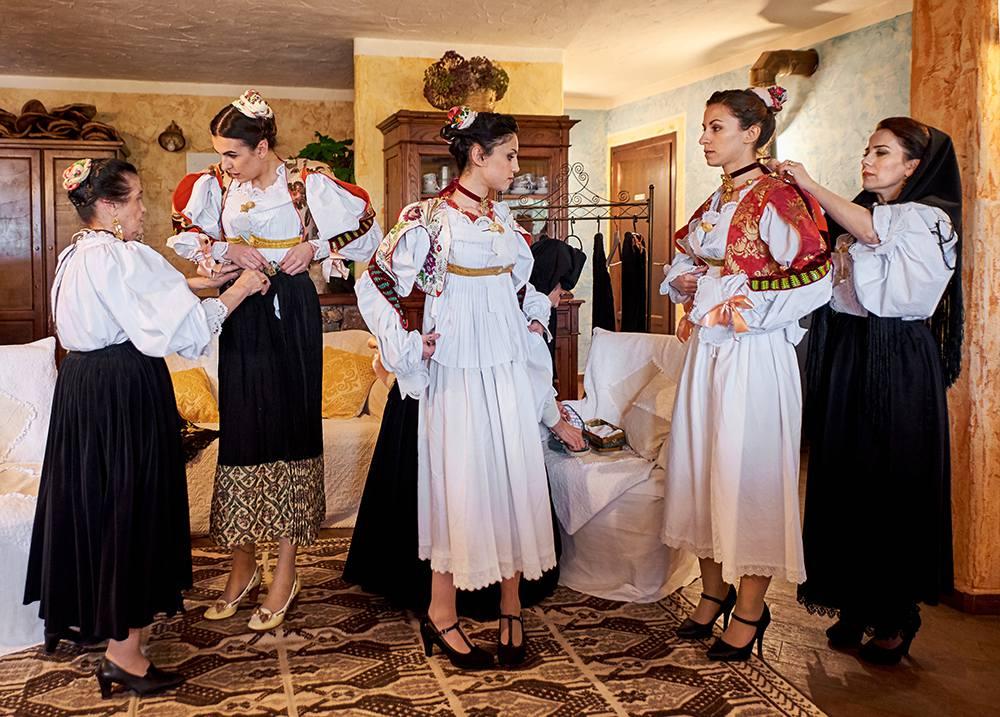 традиции женского костюма в Италии на Сардинии