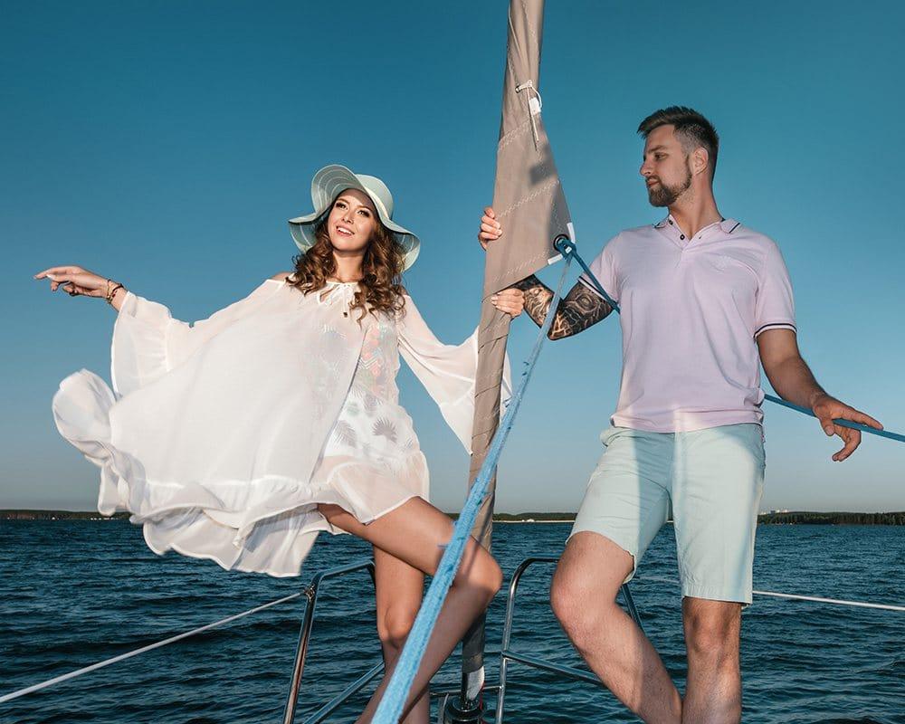 прогулка на яхте для влюблённых в Италии