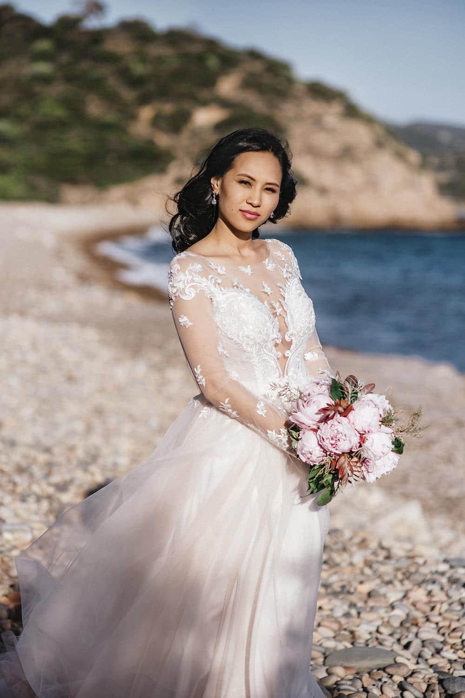 невеста в Италии на берегу моря
