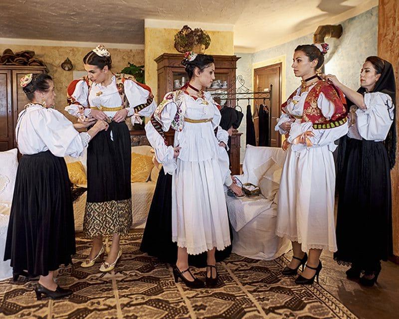 Где взять национальные итальянские костюмы