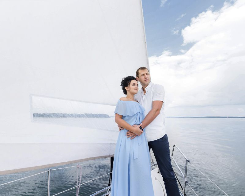 романтические морские прогулки под парусом
