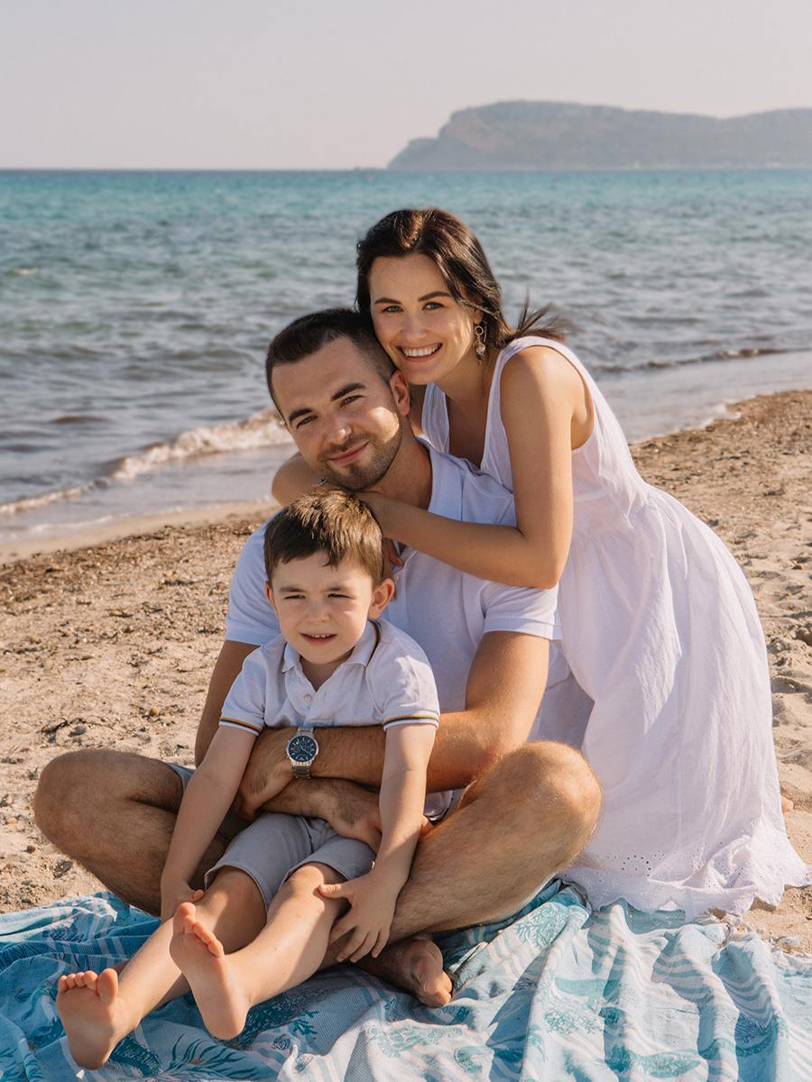 красивая и счастливая семья