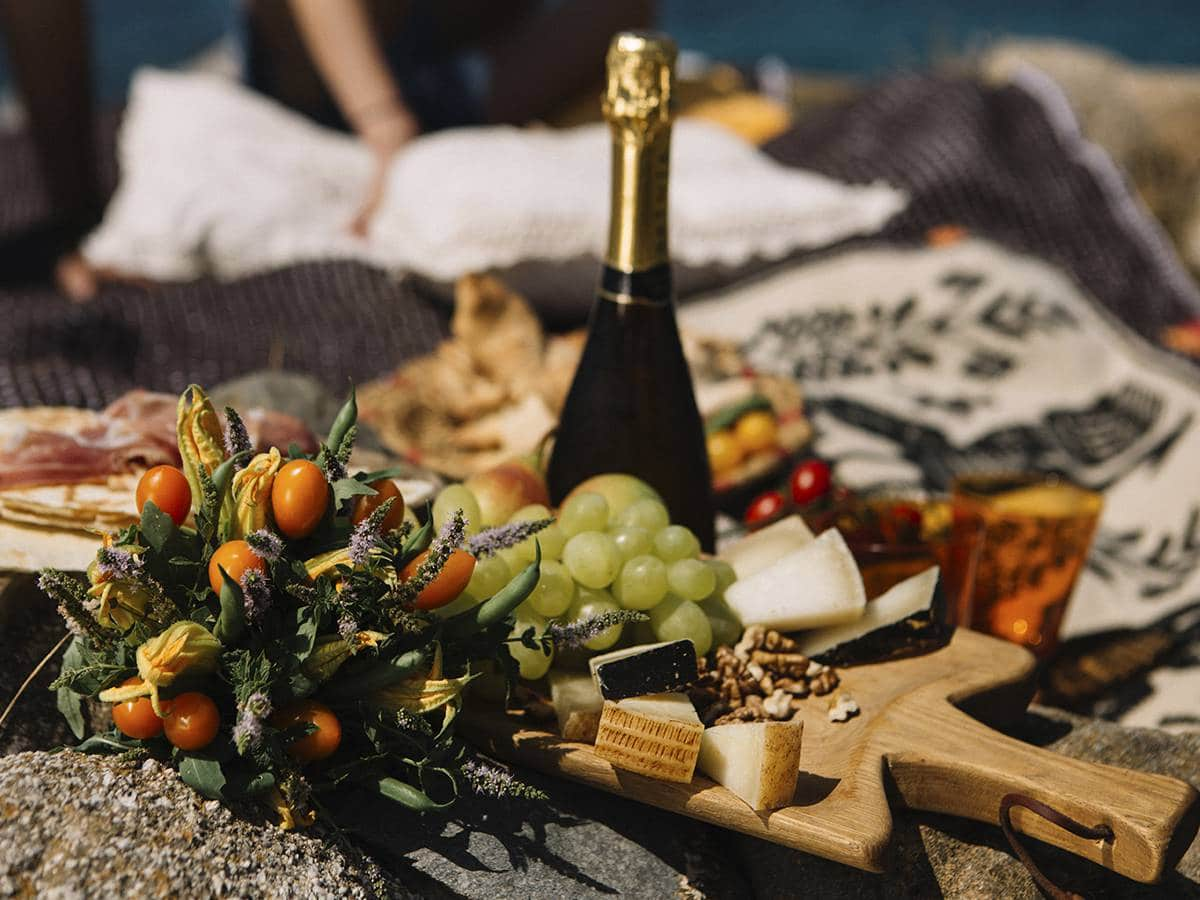 Романтический ужин на самом красивом пляже Сардинии