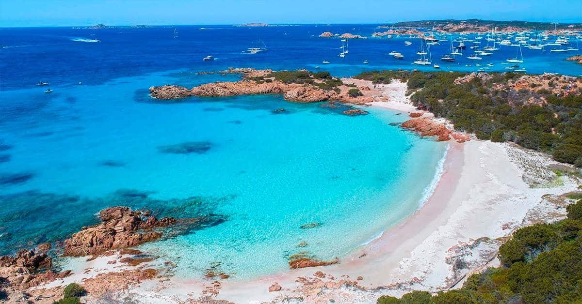 гид на Сардинии поможет найти самые роскошные пляжи Сардинии